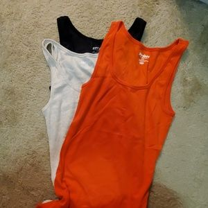 NWOT Set of 3 Old Navy Perfect Boyfriend Tank